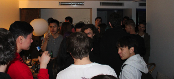 As The Chiefs enter the after-party, an excited crowd rushes to greet them. esports