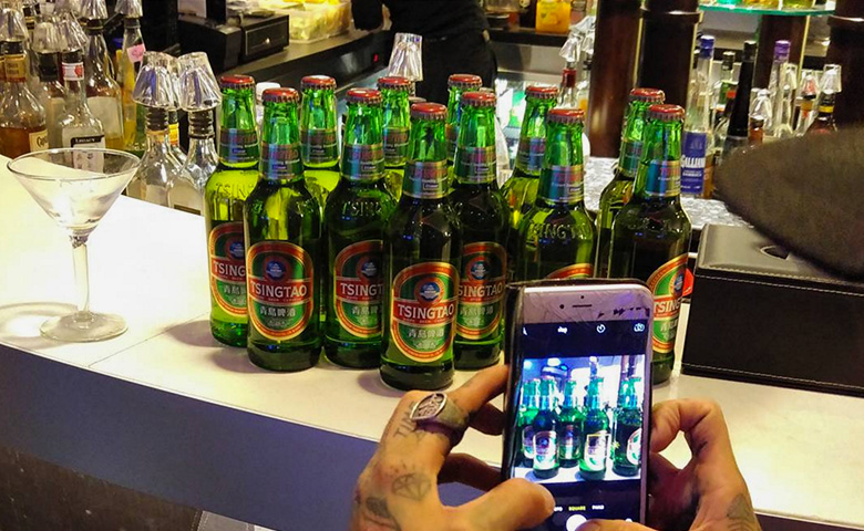 1-UMM-Tsingtao-Nights-Out-Case-Study-Hero-Bottle-Activation